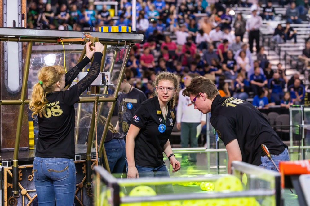 KC_STEM_FRC_Regional_2017_Friday-350